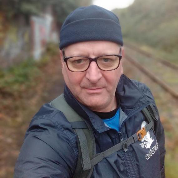 « Je cours les 20km de Bruxelles aux couleurs de la Croix-Rouge. Parrainez ma course et renforcez la capacité d'action des secouristes ! Merci pour votre solidarité ! ».